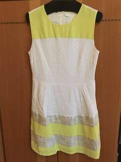 🈹(220–>$200)Bread n Butter 白色通花布銀線背心裙