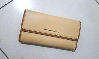 Charles and Keith wallet - brown/cream/creme