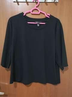 🚚 #SpringCleanAndCarouSell50 MNG casual black box blouse