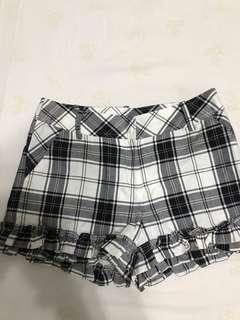 🚚 格紋短褲