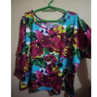 Floral Sleeved Top (S-M)