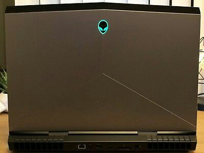 Alienware 17 R4 GTX 1070 Core i7 6700HQ 256GB+128GB SSD 1TB HDD 16GB RAM  MINT