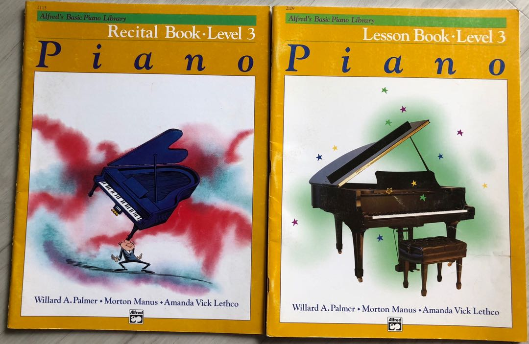 Alfred's Basic Piano Library - Lesson book & recital book level 3