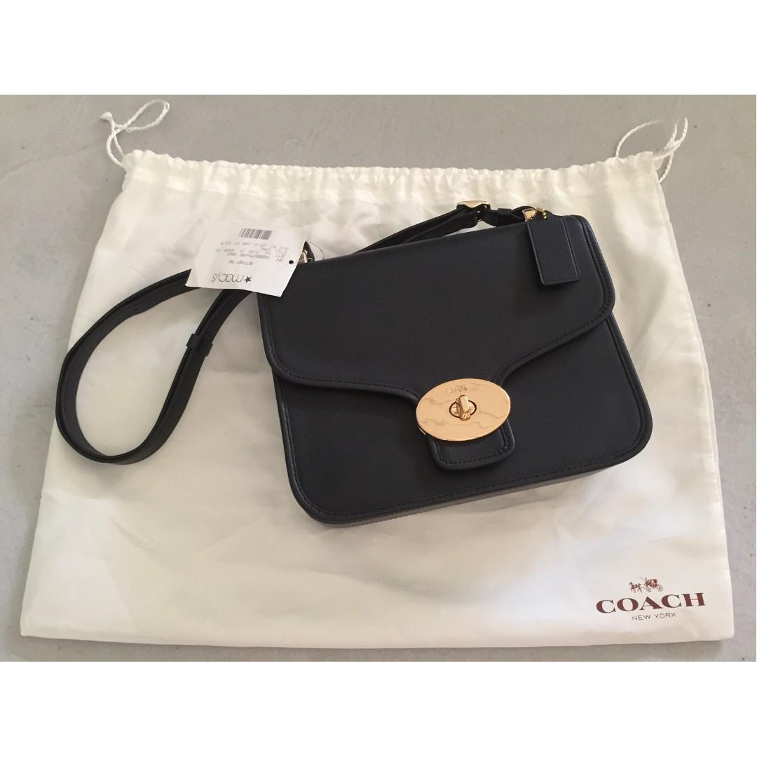 19b940bd01 Sale  BNWT Coach Page Shoulder Crossbody Leather Bag (Black ...