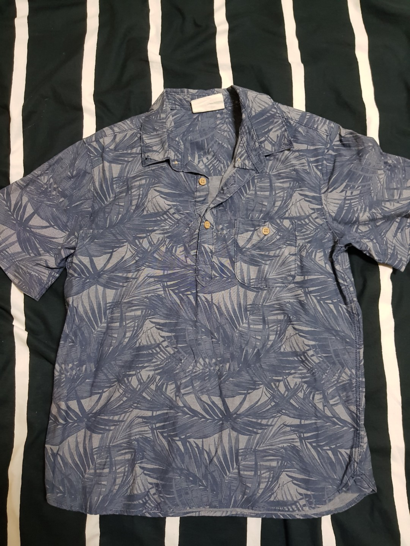 553bb407 H&M Blue Half-Buttoned Hawaiian Shirt, Men's Fashion, Clothes, Tops ...