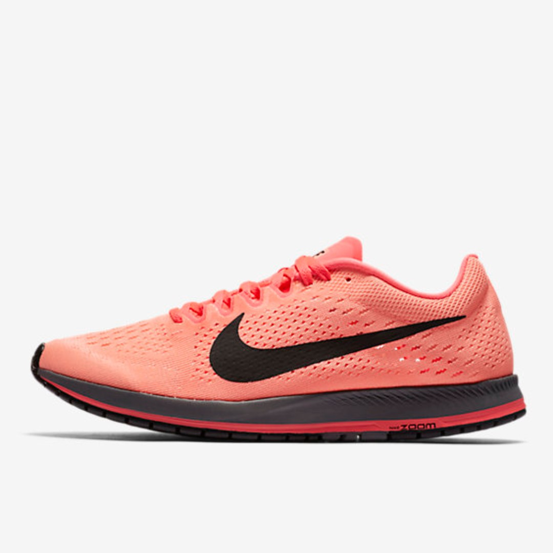 c434a9c2b10 New Nike Zoom Streak 6 (US8.5)
