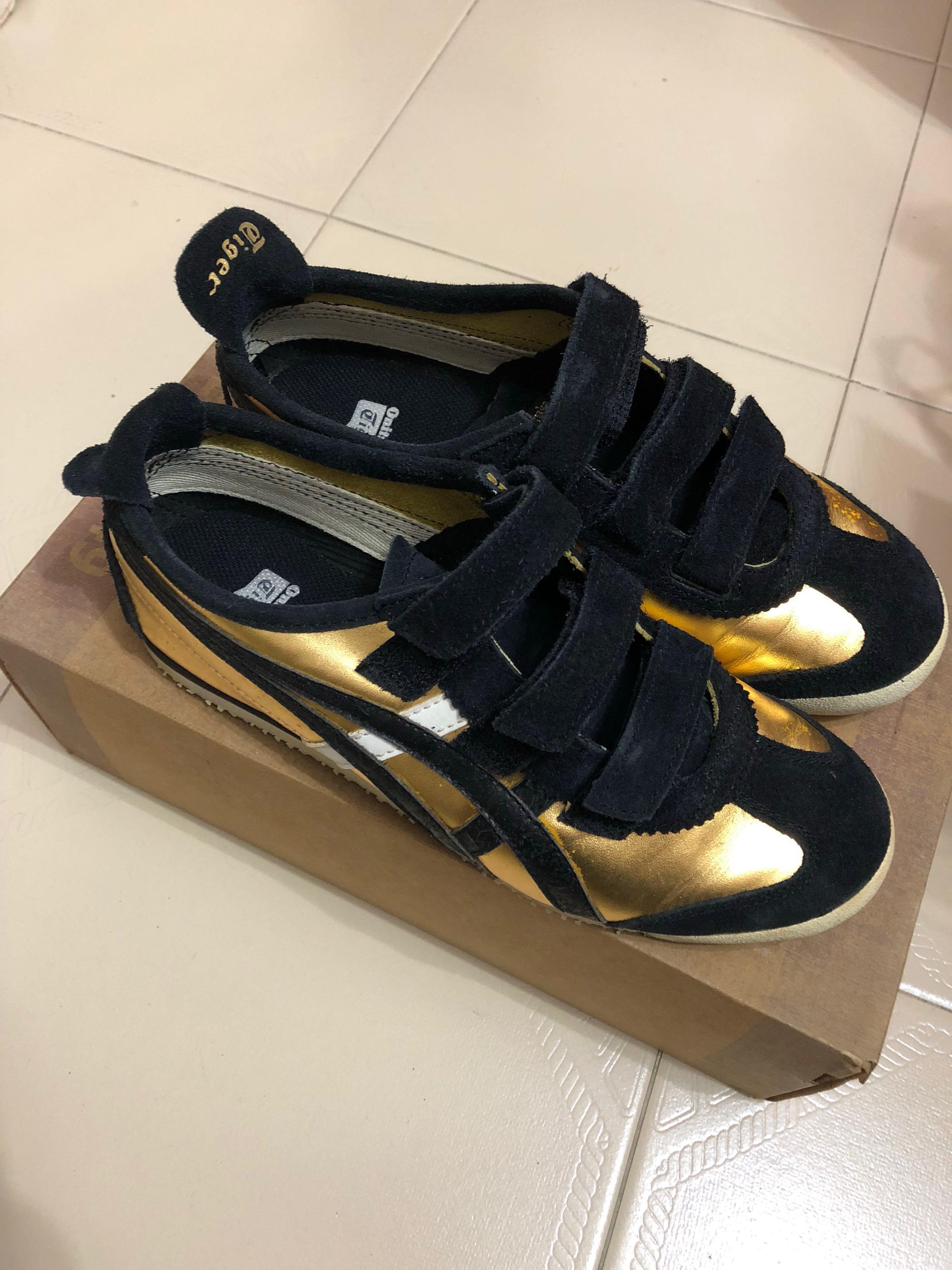 huge selection of 7965e 3f49b Onitsuka Tiger Gold Black, Women's Fashion, Shoes, Sneakers ...