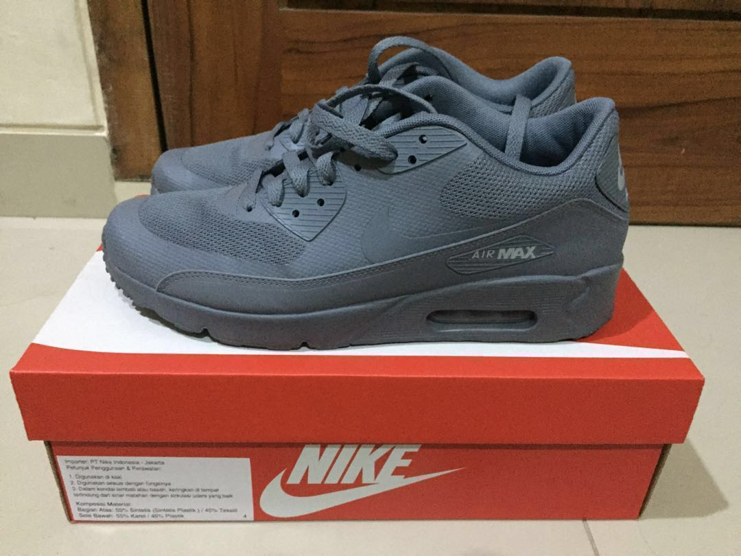 separation shoes 6a765 ddb00 Preloved Nike Air Max 90 Ultra 2.0 Essential Original, Men s Fashion, Men s  Footwear on Carousell