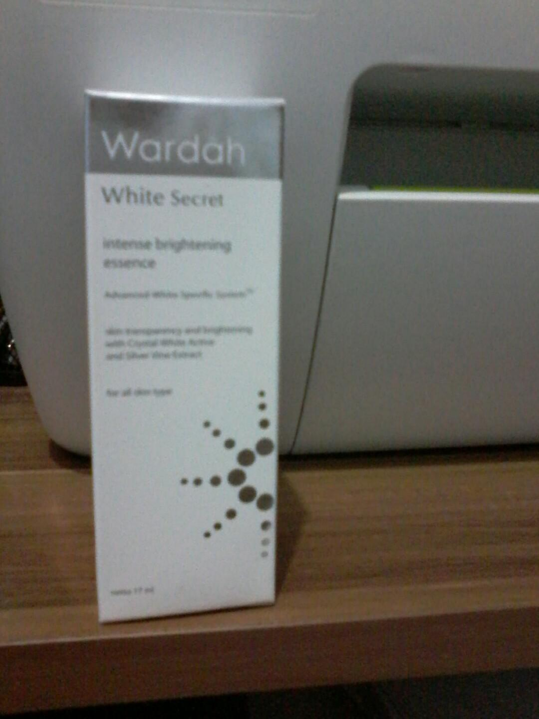 WARDAH WHITE SECRET ESSENCE