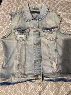 Zara rompi jeans