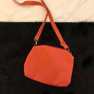 Belladona Sling Bag