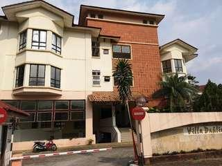 Villa dahlia townhouse PJ for sale