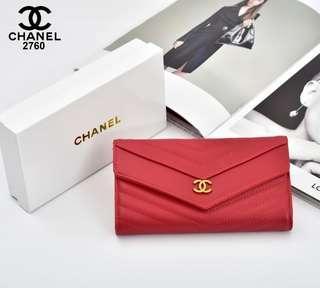 Dompet Chanel Chevron 2760## Semi Premium Bahan : Kulit Togo (WITH BOX) 19x9,5cm Warna : Pink, Black, Blue, Red, Khaki Berat : 0,3kg  Rp 135.000