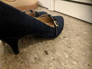 Size-6.5 Navy Blue color