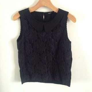 Lace collared singlet