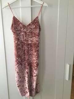 Misguided Velvet Dress(6US)