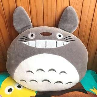 龍貓公仔 cushion