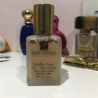 Estee Lauder Double Wear Foundation Rattan