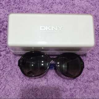 Dkny shades