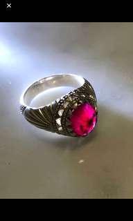 Very Nice Vintage Ring