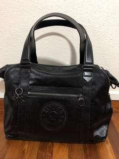 Kipling go Monday art organized coated cotton black