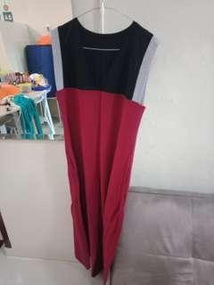 Baju msh baru, di pake 1x doank,dress modis tanpa lengan bisa pke mnset buat yg hijab