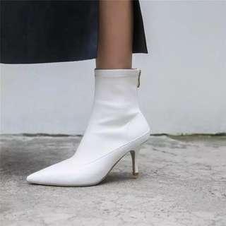 🚚 歐美真皮尖頭靴子