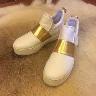 ZARA - White Chunky Shoes