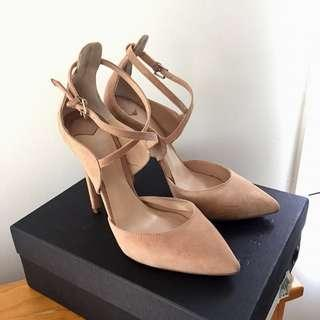 TONY BIANCO Lockey Suede Heels