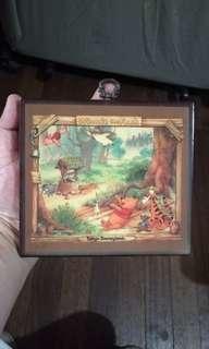 Winnie the pooh picture frame design disneyland