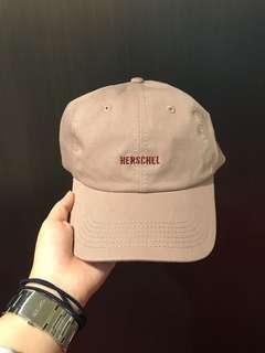 🚚 Herschel 藕粉色老帽