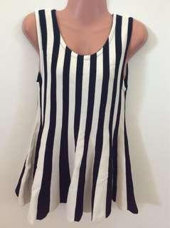 black x white stripes knitted top