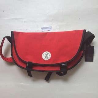 CRUMPLER Wonder weenie messenger bag