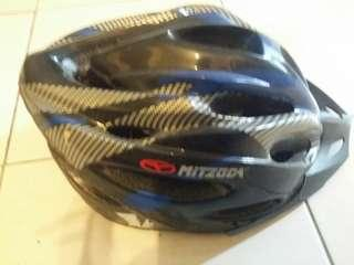 Helmet bicycle / basikal