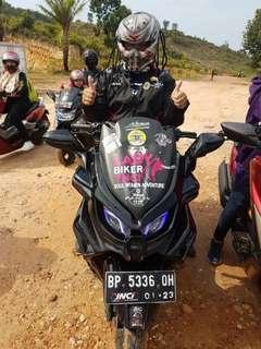 Predators helmet with DOT Approved its a real motorbike helmet