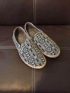 草編懶人鞋(幾何黑)