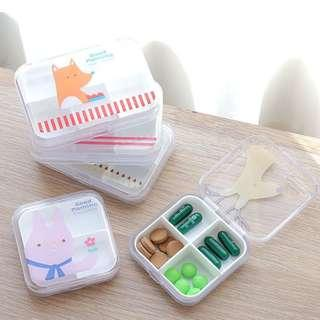 Portable Transparent Cartoon Travel Pill Vitamin Medicine Organizer Box B15102