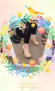 Nude high heels size 6