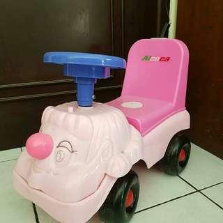 Mobil mobilan ride on