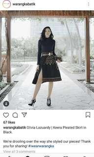 Warangka Batik keera pleated Skirt in black