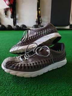 Nike Woven Men US9.5