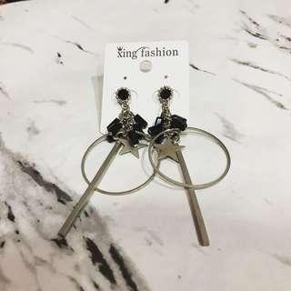 🚚 近新耳環👇🏻已消毒過泰國🇹🇭購入完整包裝💰50不議價