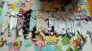 0~6m Baby clothes one luggage around 60~100pcs+