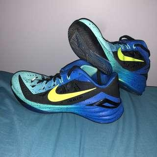 Nike Hyperdunk 2014 (womens 6, men's 8) blue/aqua/Black/teal ombré low top basketball shoes