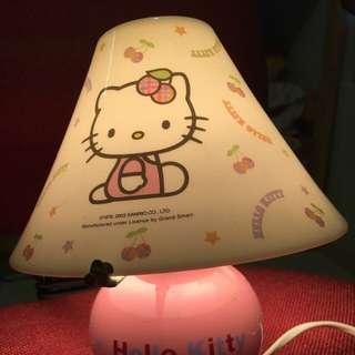 Sanrio hello kitty 燈🈹️