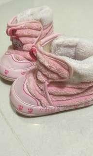 🚚 二手女寶靴子