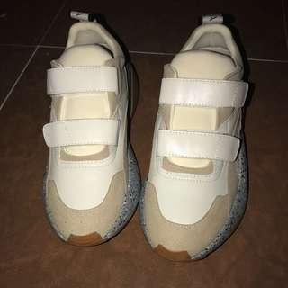 Size 37 shoes 100%new