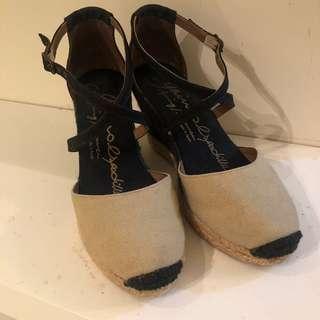🚚 Gaimo草編楔形鞋