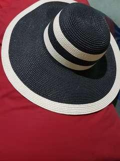 Forever21 Floppy Summer Hat