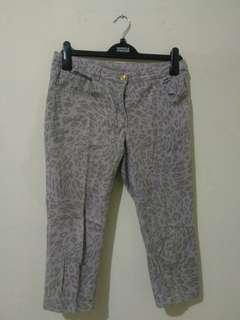 H&M capri pants